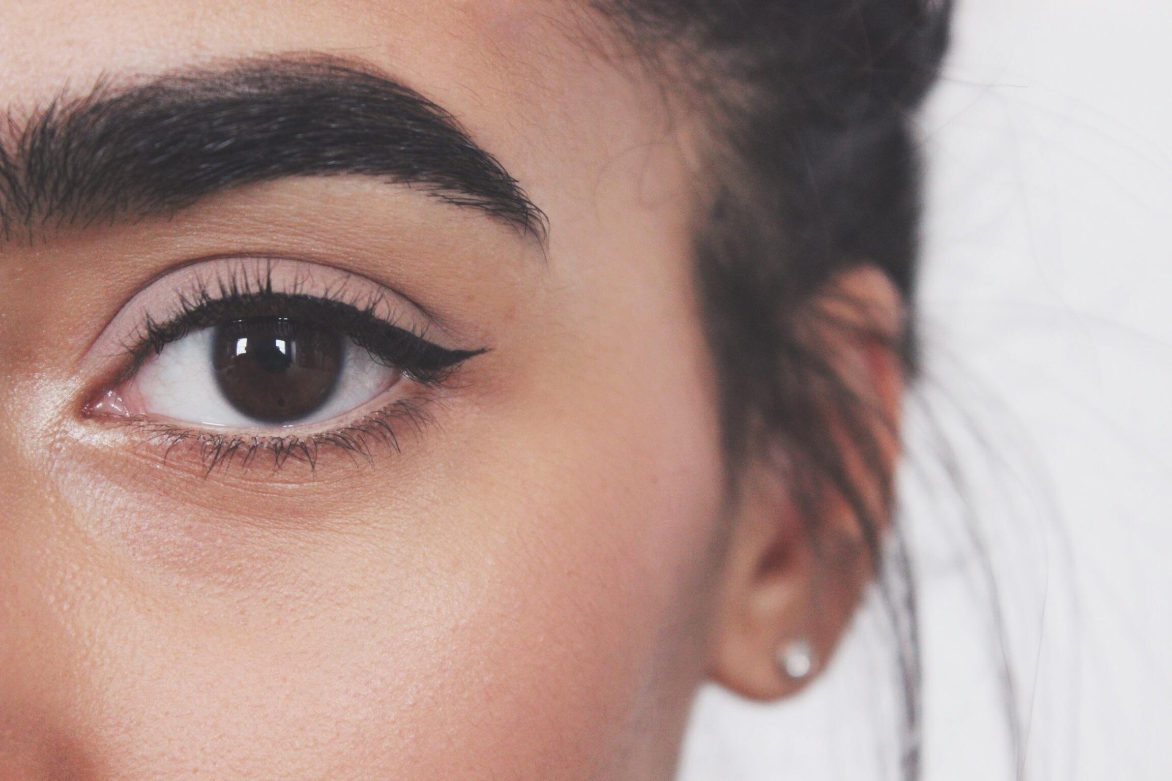 flick eyeliner